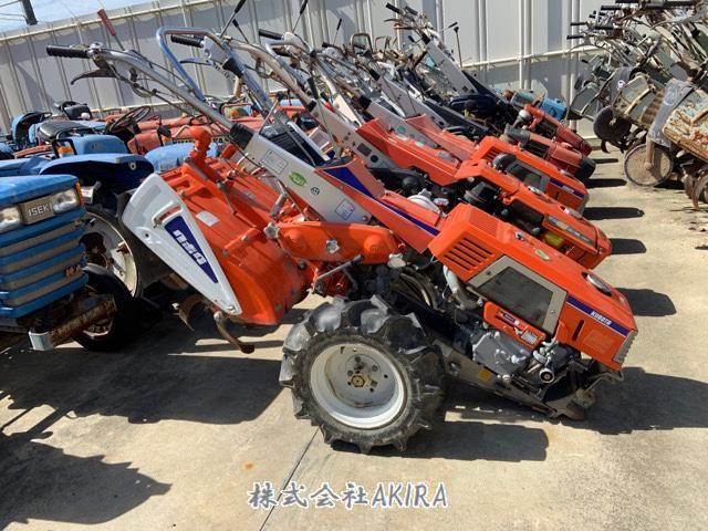 日本中古農業機械出口